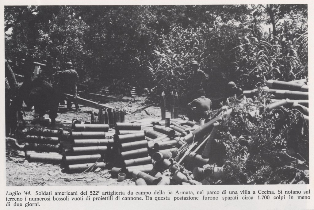 Luglio '44 Soldati americani nel parco di una villa a Cecina
